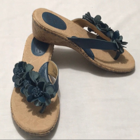 3fd589eca3d48 b.o.c. Shoes - B.O.C. LEATHER WEDGE FLORAL SANDALS
